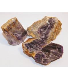 Améthyste (brut) en provenance d'Auvergne (France) à l'Unité.,